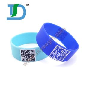 Popular Printed Color Silicoen Wristbands with Code pictures & photos