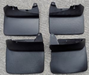 for Toyota Landcruiser Fj90 Rubber Mud Flaps Mudguards pictures & photos