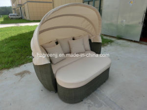 Sofa with Stool Adjustable Lovers Sunbed Daybed Rattan Lounger pictures & photos