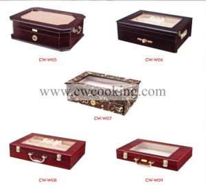 90PCS Stainless Steel Tableware in Aluminum Case pictures & photos