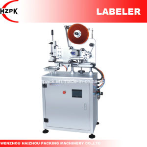 High Precision Labeler/Flat Labeling Machine From China pictures & photos