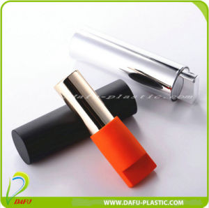 Cosmetic Packaging Plastic Lipstick Container pictures & photos