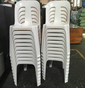 Popular Stackable Armless Chairs Best Price Top Supplier Wholesale Plastic Chairs pictures & photos