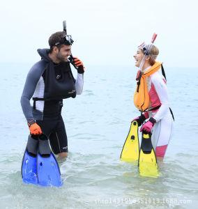 Underwater Long Flipper pictures & photos