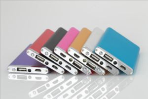 6000-8000mAh USB Portable External Backup Battery Charger Power Bank for Mobile Phone pictures & photos