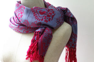 Hot Selling New Style Women′s Jacquard Scarf pictures & photos