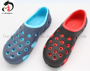 Top Design Hot Sale Breathable EVA Slippers pictures & photos