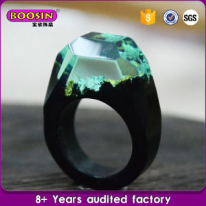 Nice Specail Fashion Landscape Resin Wood Wedding Ring pictures & photos