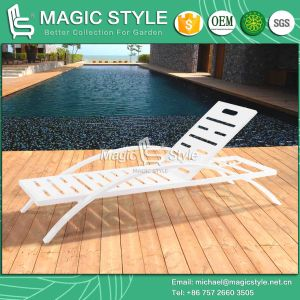 White Color Outdoor Sunlounger by Laser Processing pictures & photos