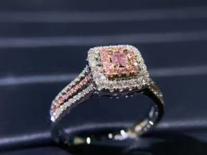 Squre Silver Ring with Cubic Zircon pictures & photos