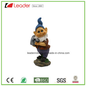 Polyresin Garden Happy Gnome Figurine with a Shovel Dancing for Home and Lawn Decoration pictures & photos