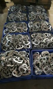 Hanging 200kg Aluminum Alloy Clamp for Moving Head pictures & photos