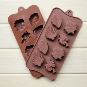 Best Price Custom Personalized Leaf Shape Silicone Ice Cube Tray pictures & photos