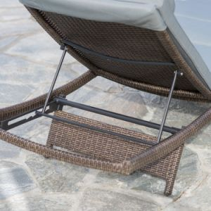 Well Furnir All-Weather Wicker Adjustable Chaise Lounge pictures & photos