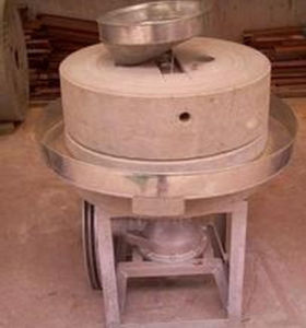 Stone Roller Mill Machine Small Flour Milling Machine pictures & photos