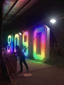 Outside Programmable Advertising LED Signs with Power Controller for Amusement Park pictures & photos
