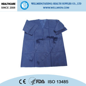 Blue PP Nonwoven Disposable Hospital Protective Surgical Isolation Gown pictures & photos