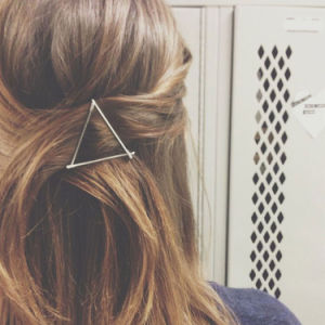 New Design Fashion Jewelry Gold/Silver Plated Metal Triangle Hairpins pictures & photos