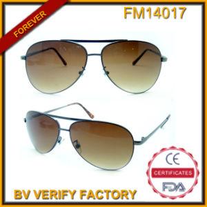 FM14017 Latest Rayman Pilot Sunglasses with Blue Revo Lens pictures & photos