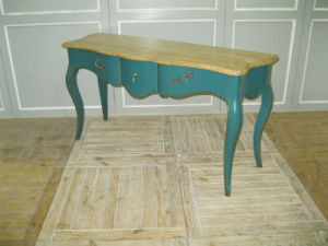 Delicate and High-Quality Cabinet Antique Furniture pictures & photos