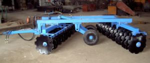 Disc Harrow: 1bz-3.0 Hydraulic off-Centered Heavy-Duty Harrow pictures & photos