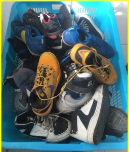 Best Qualtiy Cheap Wholesale Used Sports Shoes (FCD-005)