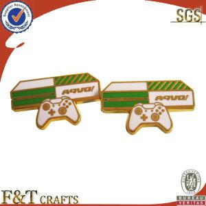 New Desgin Hot Sales Synthetic Enamel Badge/Pin (FTBD1013A) pictures & photos