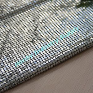 4mm Size Square Shape Silver Color Aluminum Metallic Cloth pictures & photos