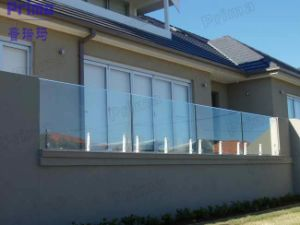 Modern Glass Railing System Design with Spigot pictures & photos