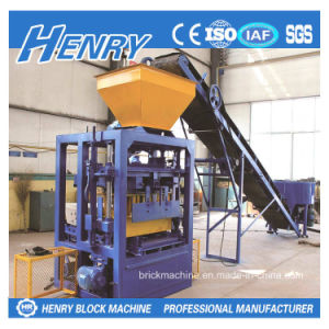 Made in China Semi-Automatic Concrete Block Making Machine pictures & photos
