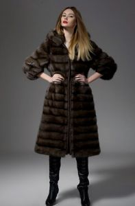 Hooded Long Section of Natural Mink Fur Coat Sides Women Jackets pictures & photos