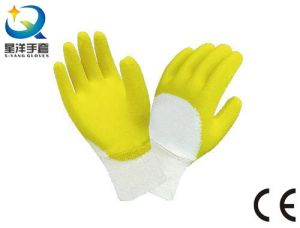 L024 Cotton Interlock Liner Latex 3/4 Coated Safety Work Gloves pictures & photos