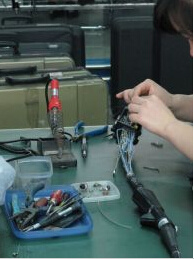 Repair Inside Circuit of Flexible Endoscope pictures & photos
