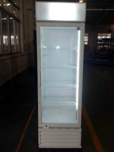 Coke Brand Upright Display Cooler with Dynamic Cooling System pictures & photos