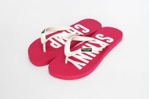 Red Plain Rubber Flip Flops pictures & photos