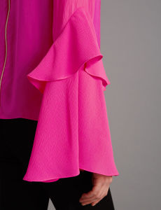 Fashion Statement Sleeve Chiffon Blouse pictures & photos