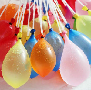 Outdoor Garden Fun Magic Kids Party Filling Water Balloons pictures & photos