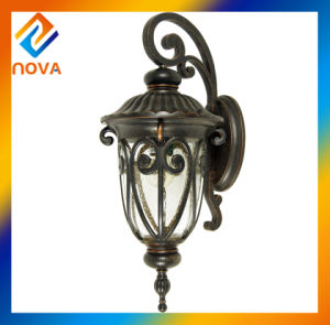 European Retro Waterproof Wall Lamp with Sconce E26 E27 pictures & photos