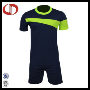 Popular Fashion New Style Polyester Football Jersey pictures & photos