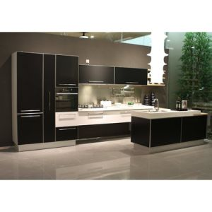 High Gloss White and Black Color Contrast Wooden Kitchen Cabinet pictures & photos