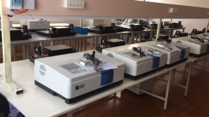 UV1700 PC Labortory Scale Beam UV Visible Spectrometer pictures & photos