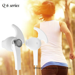 New Sport Stereo HiFi Bass Earphone Horn Shap with Mic for Running pictures & photos