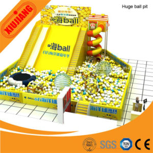 Christmas Party National Carnival Kids Ball Pit Game Play Center pictures & photos
