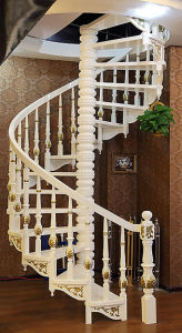 European Classical Natural Solid Wood Spiral Staircase pictures & photos