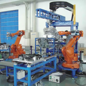 Six-Axis Linear Spray Gasket Robot Equipment pictures & photos