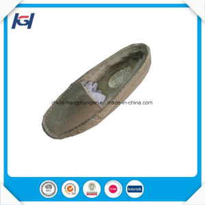 New Design High Quality Foot Warmers Cozy Ladies Moccasin Slippers pictures & photos