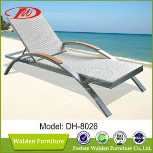 Patio Furniture Chaise Sun Lounger (DH-8026) pictures & photos