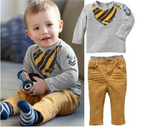 Boys Fashion Outwear Set in Autumn and Winter Kd2324 pictures & photos