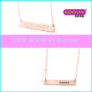 Factory Price Wholesale Alloy Engrave Letter Pendant Bar Necklace pictures & photos