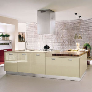 2015 Hot Selling Modern Kitchen Cabinet Simple Designs pictures & photos